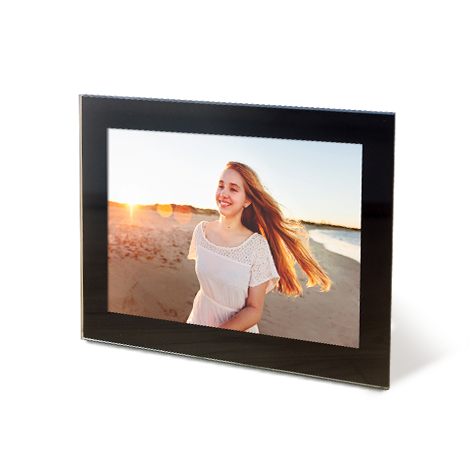 "7x5"" Framed Photo Print of women at beach"