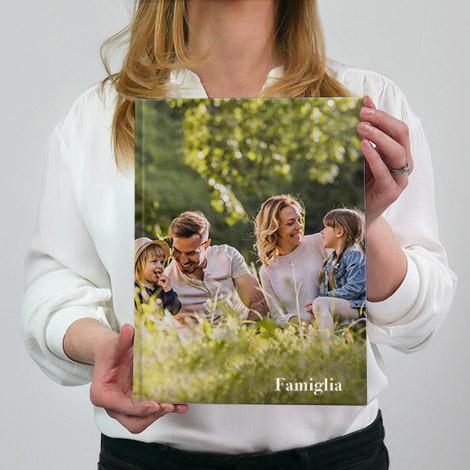 album fotografico in formato 20x30 con famiglia felice
