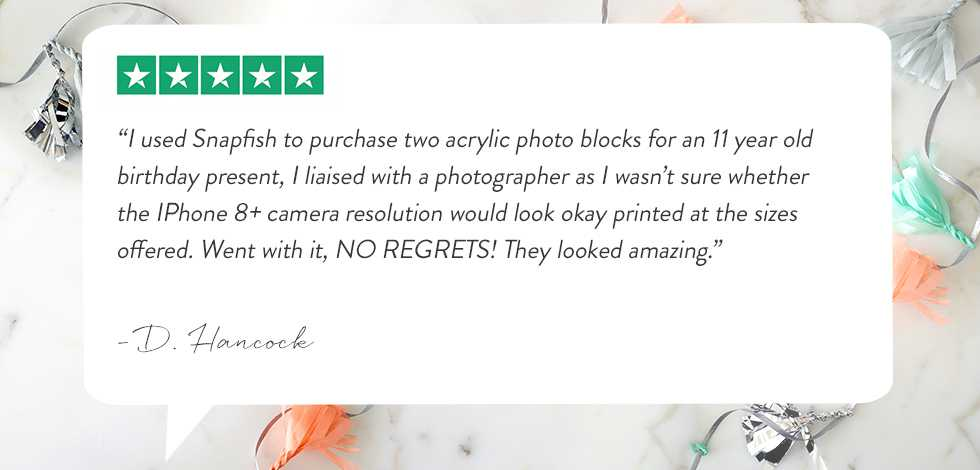 Customer review regarding acrylic photo blocks rating 5