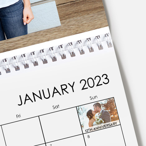 Add photos and special text to mark important dates. Calendars also include important dates and public holidays.